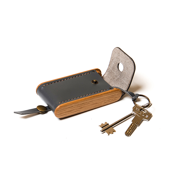BREATLEY key case graphite