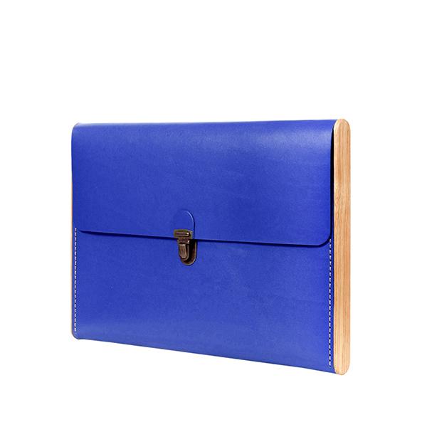 CHANTEY Royal blue сlutch-folder