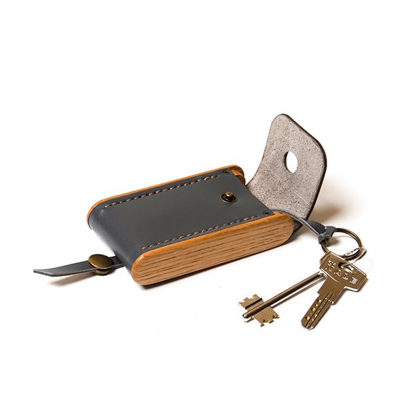 BREATLEY key case graphite
