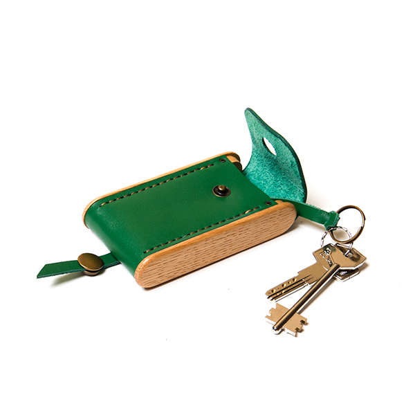 BREATLEY key case wild clover