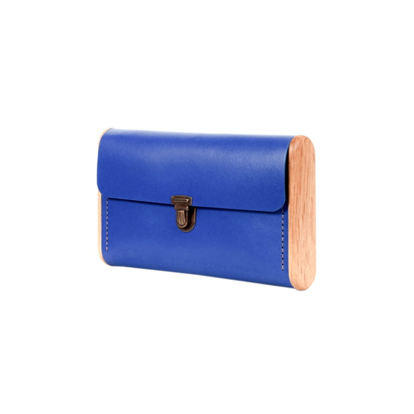 SINGLE REEL Royal blue clutch